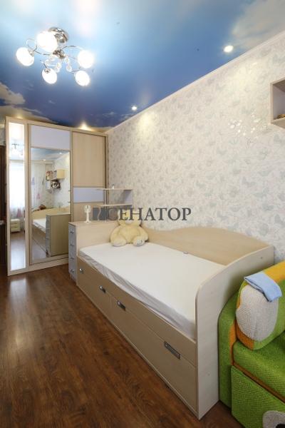 шкаф и кровать в детскую комнату