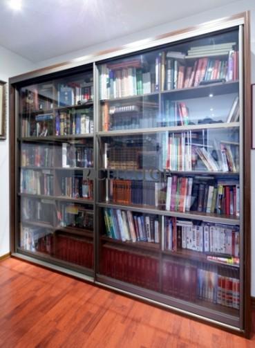 Двухстворчатый книжный шкаф