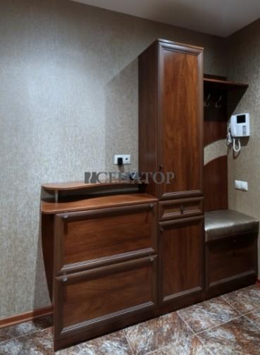 Мебель для прихожих комнат