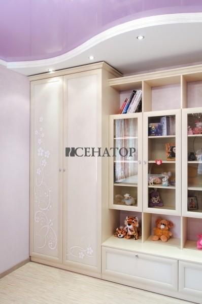 мебельная стенка в детскую комнату