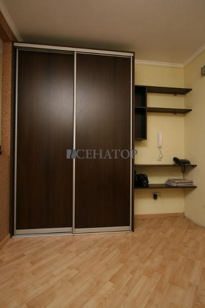 1,5 метровый  шкаф-купе «Орех»