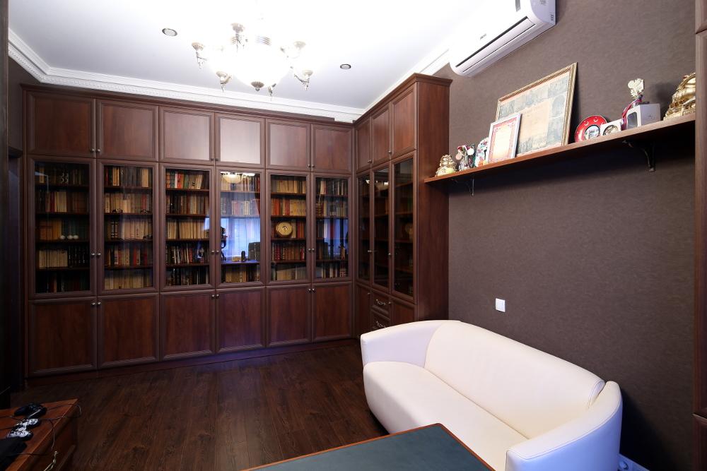 Встроенная мебель для библиотеки по индивидуальному проекту .