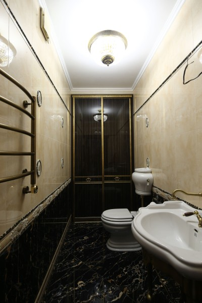 Шкаф купе в ванную комнату