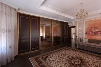 Мебель для конференц-зала №2